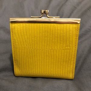 Vintage Saks Fifth Ave Genuine Leather Coin Purse
